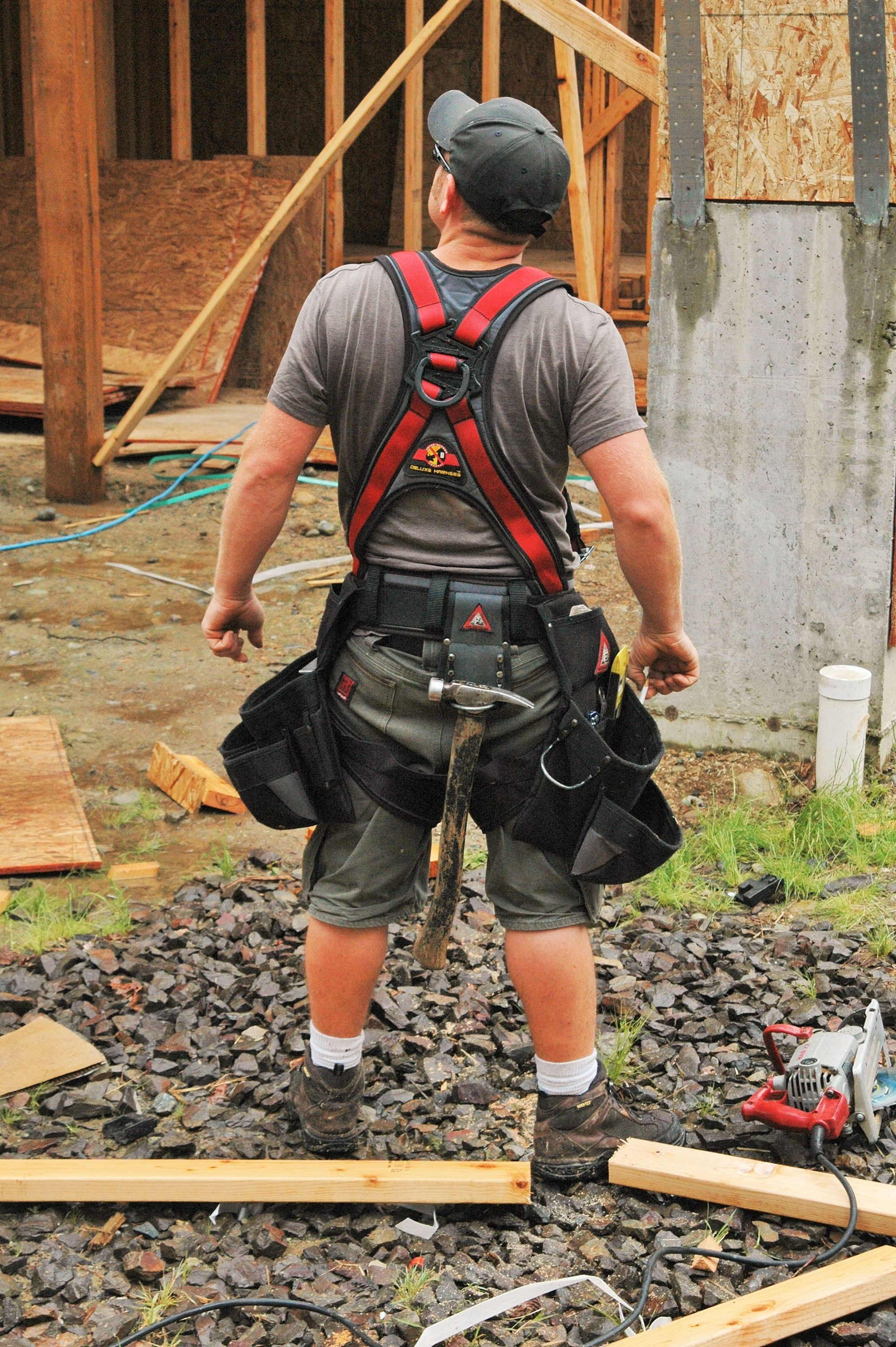 83d721e085fa7122780976e953d3f5fb deluxe fall protection harness with built in tool bags