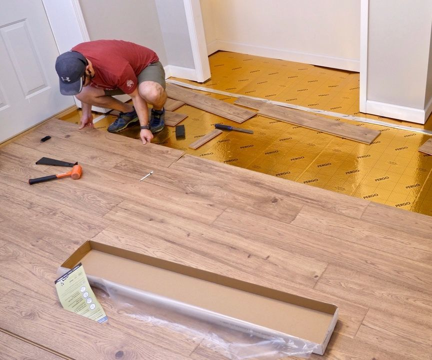 Installing Laminate Flooring For The First Time // Home