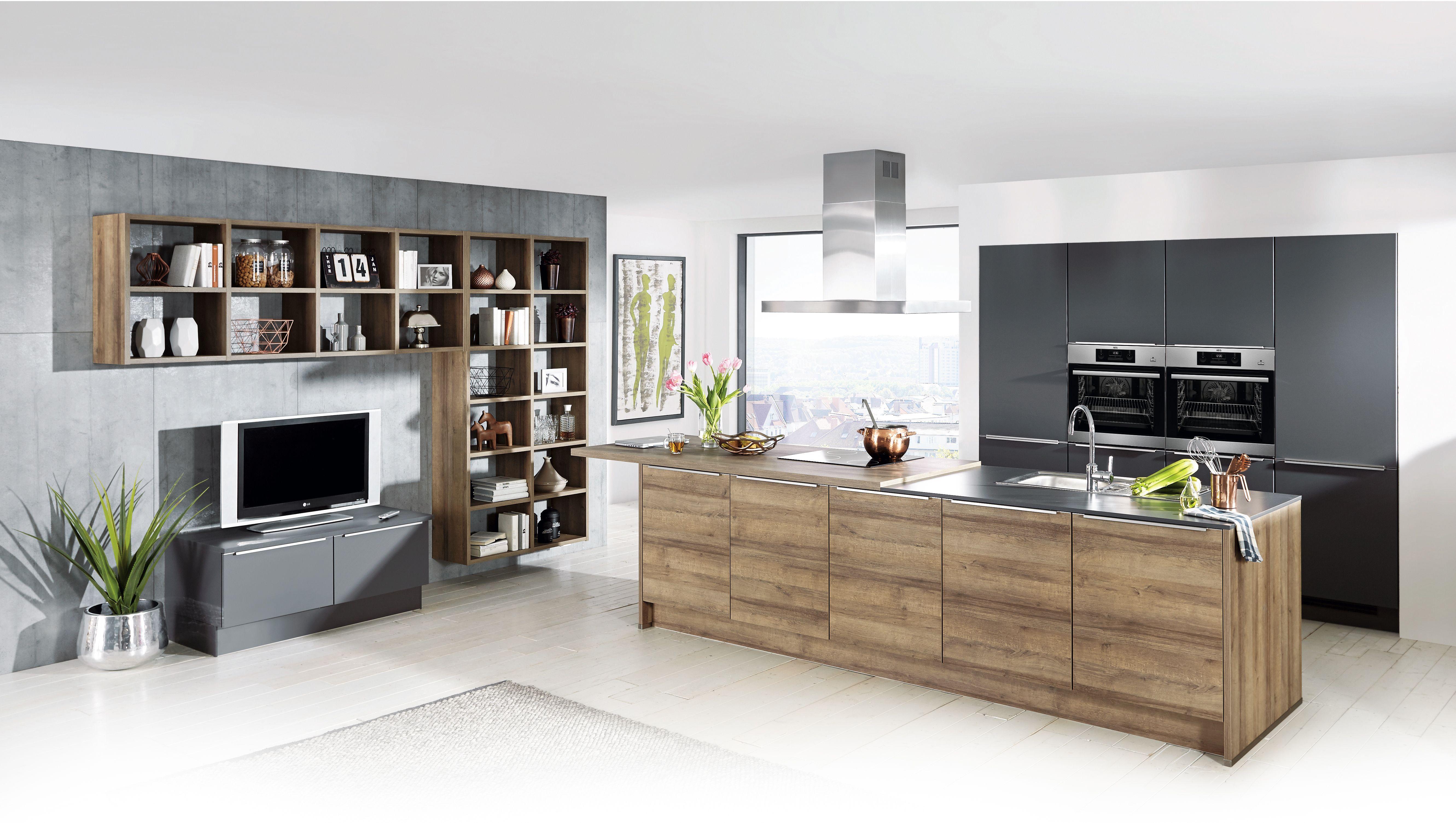 Diese Wohnkuche Besticht Durch Ihre Kombination Aus Schiefergrauem
