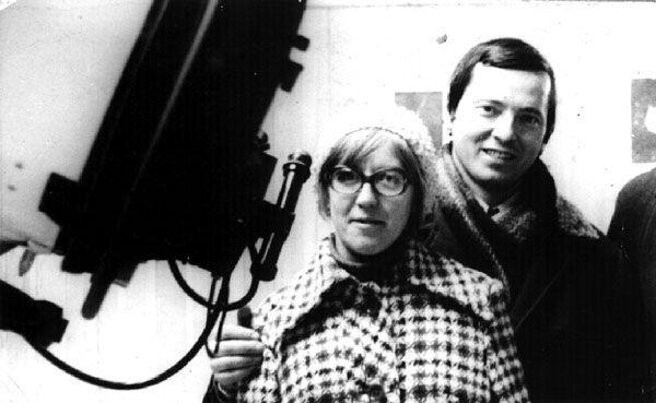 Klim Churyumov e Svetlana Gerasimenko: gli scopritori della cometa di Rosetta - Chi sono i ricercatori che hanno scoperto la cometa di Rosetta. Le nuove foto di 67P/Churyumov–Gerasimenko