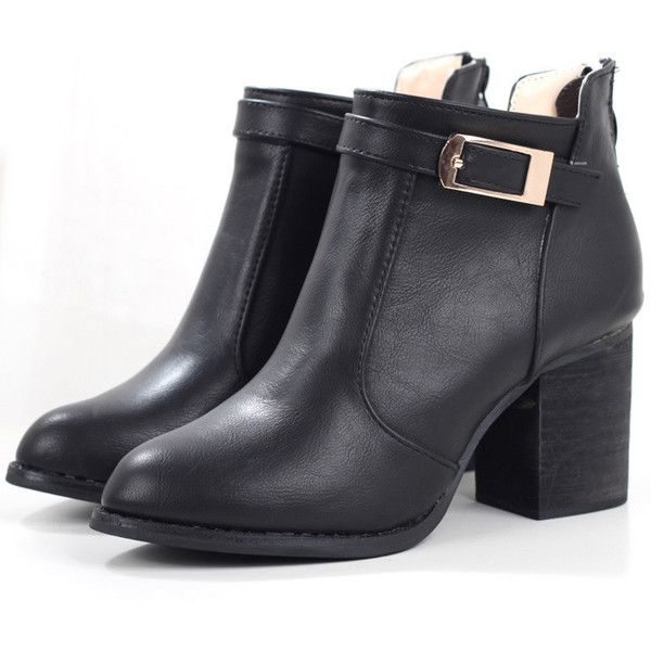 SheIn(sheinside) Black Buckle Strap Chunky Heel Boots (125 BRL) ❤ liked on Polyvore featuring shoes, boots, ankle booties, ankle boots, botas, black, black booties, black ankle boots, black chunky heel booties and chunky heel boots