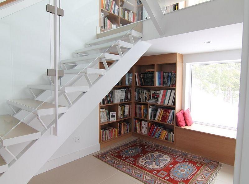 Rangement sous escalier et idées d\u0027aménagement alternatif Saints - amenagement placard d angle cuisine