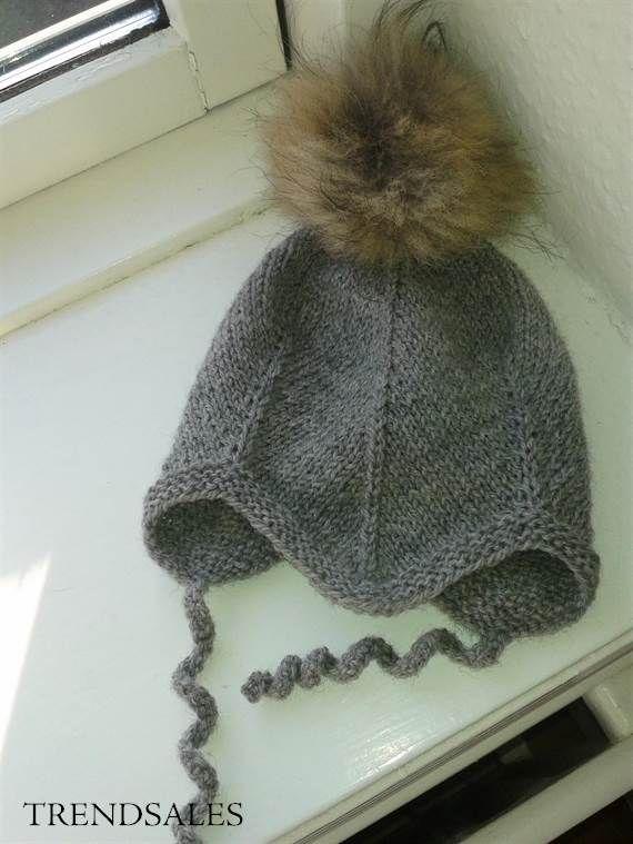 b15e3973b0d HO-X - Baby hue / hjelm / djævlehue / strik / Babyhue med pelskvast ...