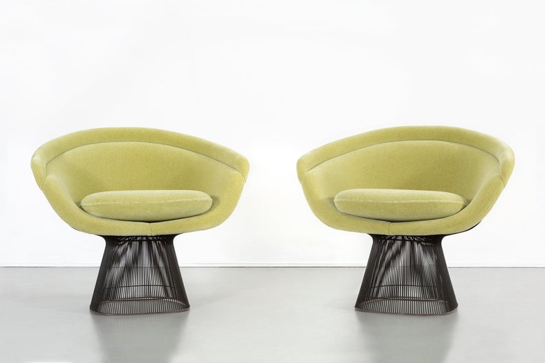 Set Of Mid Century Modern Bronze Platner Lounge Chairs For Etsy Platner Lounge Chair Lounge Chair Design Mid Century Modern Chair