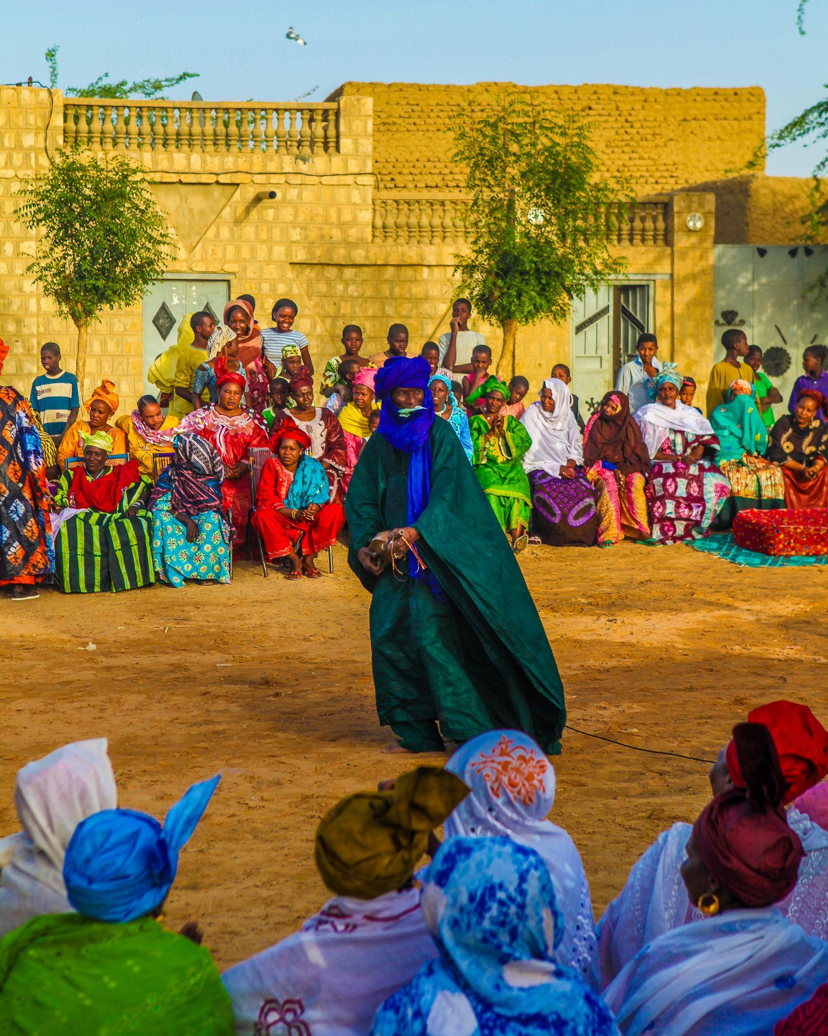 Interesting facts on Mali with Magnus | Hijabiglobetrotter
