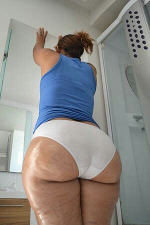 Speaking Tall latina beauty with nice ass right!