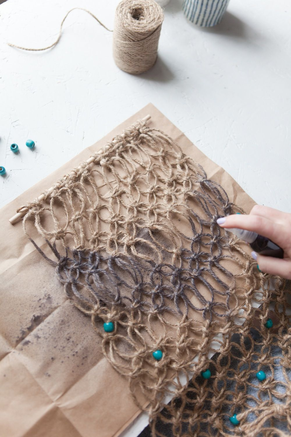 Urban outfitters blog uo diy macrame wall hanging gifts for