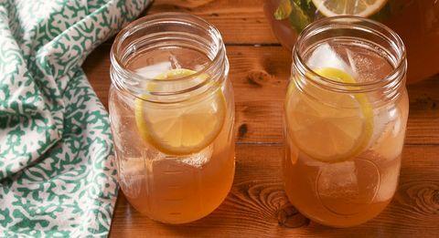 Whiskey Lovers Will Flip For This Easy Lemonade Punch