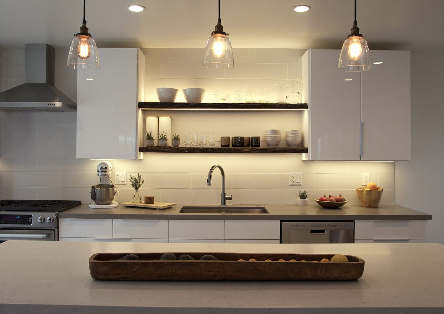 Under Cabinet Lighting Gives This Kitchen A Modern And Elegant