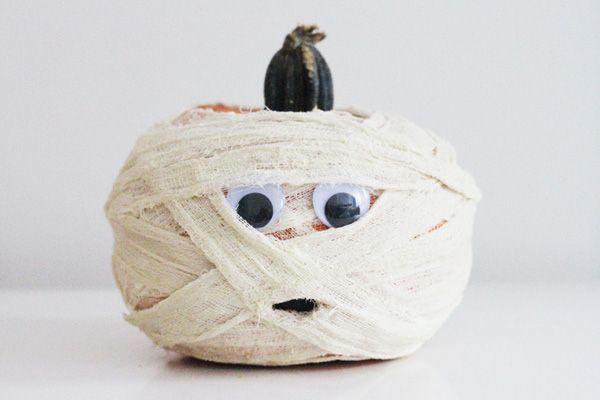 10 GREAT Ideas For Your Pumpkin (No Carving Required - halloween decorations to make at home for kids