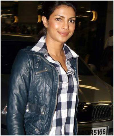 priyanka chopra without makeup  top 10 pictures