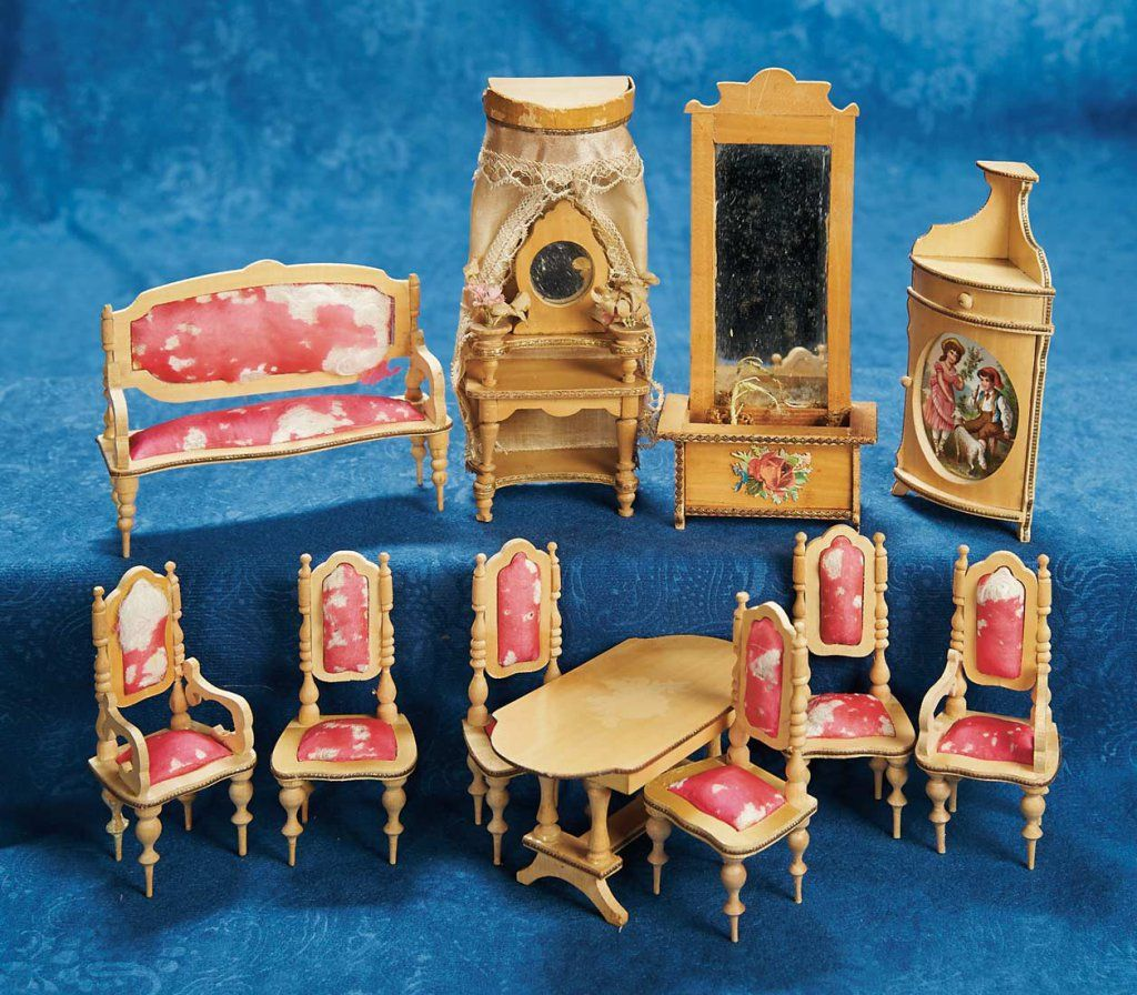 VINTAGE VICTORIAN LADIES CHAIR DOLL HOUSE FURNITURE MINIATURES