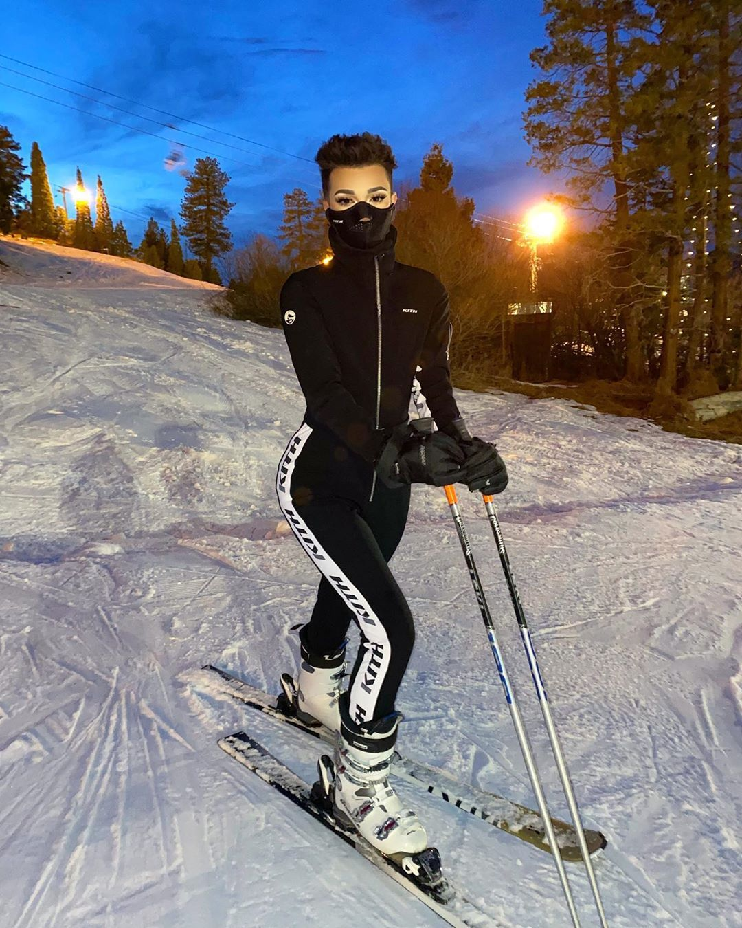 465 3k Likes 2 556 Comments James Charles Jamescharles On Instagram Went Skiing Last Night For The First Time In Ov James Charles Charles James Charles