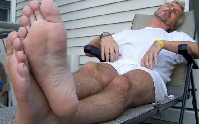 Foot fetish with a blonde mature