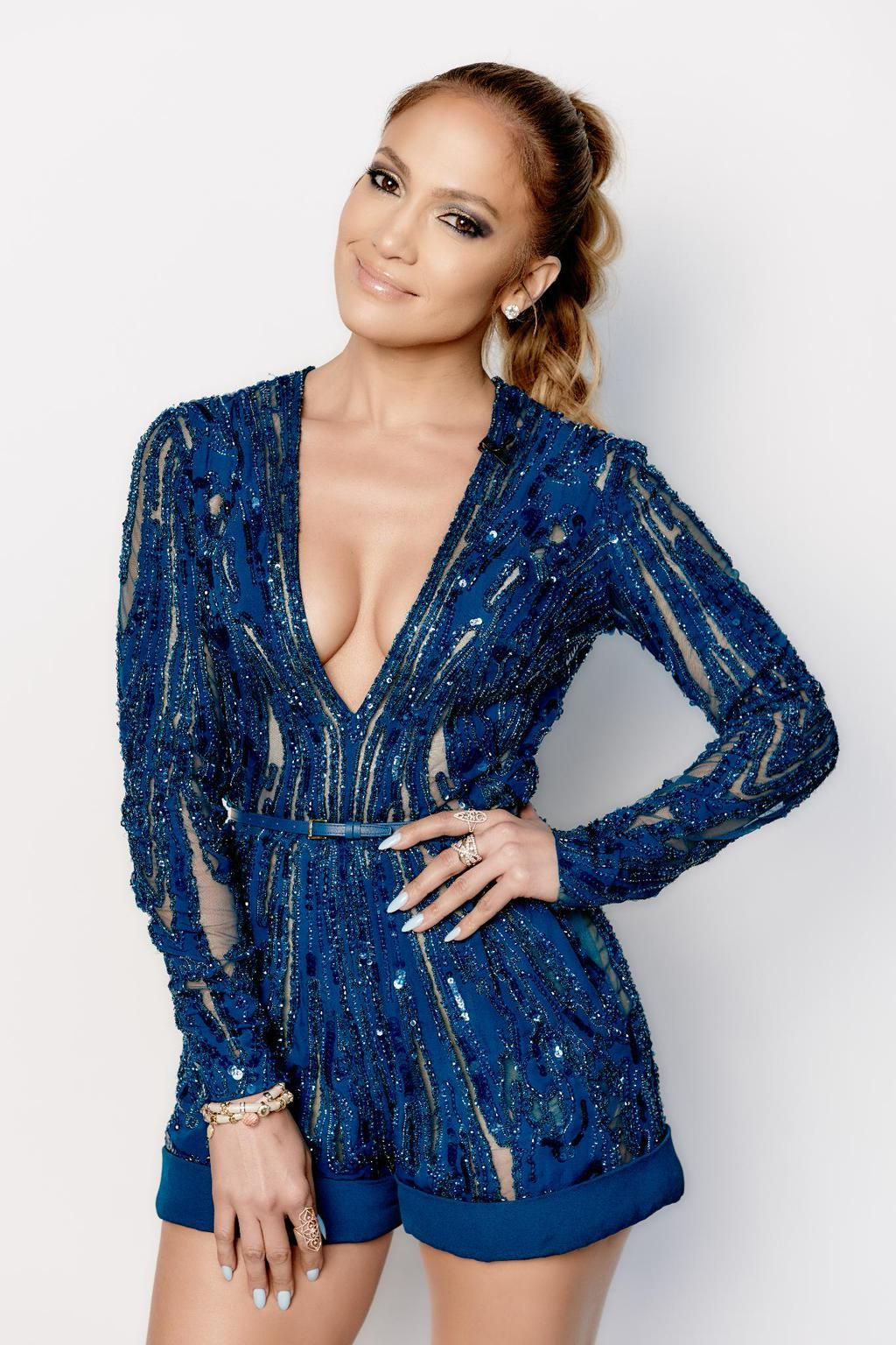 Tickets to see @JLo are ON SALE!  Be the first on the block to see Jenny from the Block! >> http://bit.ly/1PNGX2S