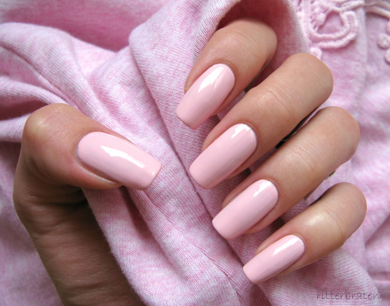 Powder pink nails pictures photos and images for facebook tumblr - Blonde Barbie Bimbo Photo