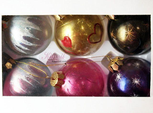 Künsii: Torstaituning - Kynsitarvikkeilla koristellut joulupallot