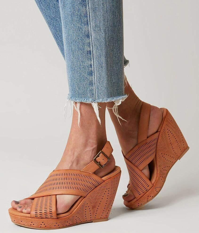 Womens shoes wedges, Womens