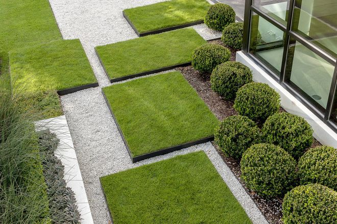 Minimalist Trendy Garden Ideas With Tiles And Pools Founterior Modern Landscaping Modern Landscape Design Modern Garden Design