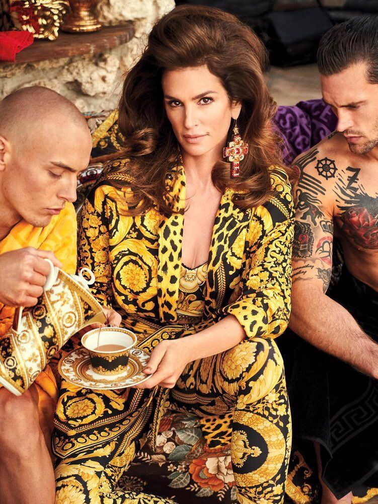 2424d86f0288 VERSACE Spring Summer 2018 Tribute Collection editorial from IN STYLE  Magazine March 2018 Issue featuring CINDY CRAWFORD photographed by CARTER  SMITH