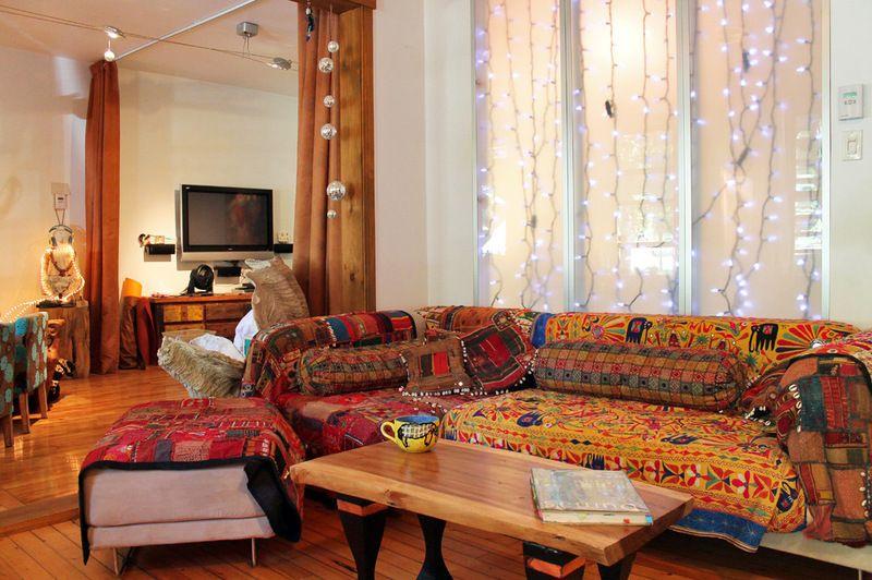 Merveilleux Warm And Exotic Living Room, Joel Dumas
