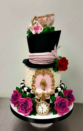 Bridal Shower Cakes With Images Alice In Wonderland Cakes