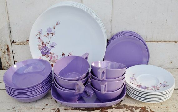 Vintage Purple Roses Texas Ware Melamine Dishes Plates Bowls Serving Bowl Cups Saucers Service for 8 Eight Lavender Plastic C&ing Picnic & Vintage Purple Roses Texas Ware Melamine Dishes Plates Bowls Serving ...
