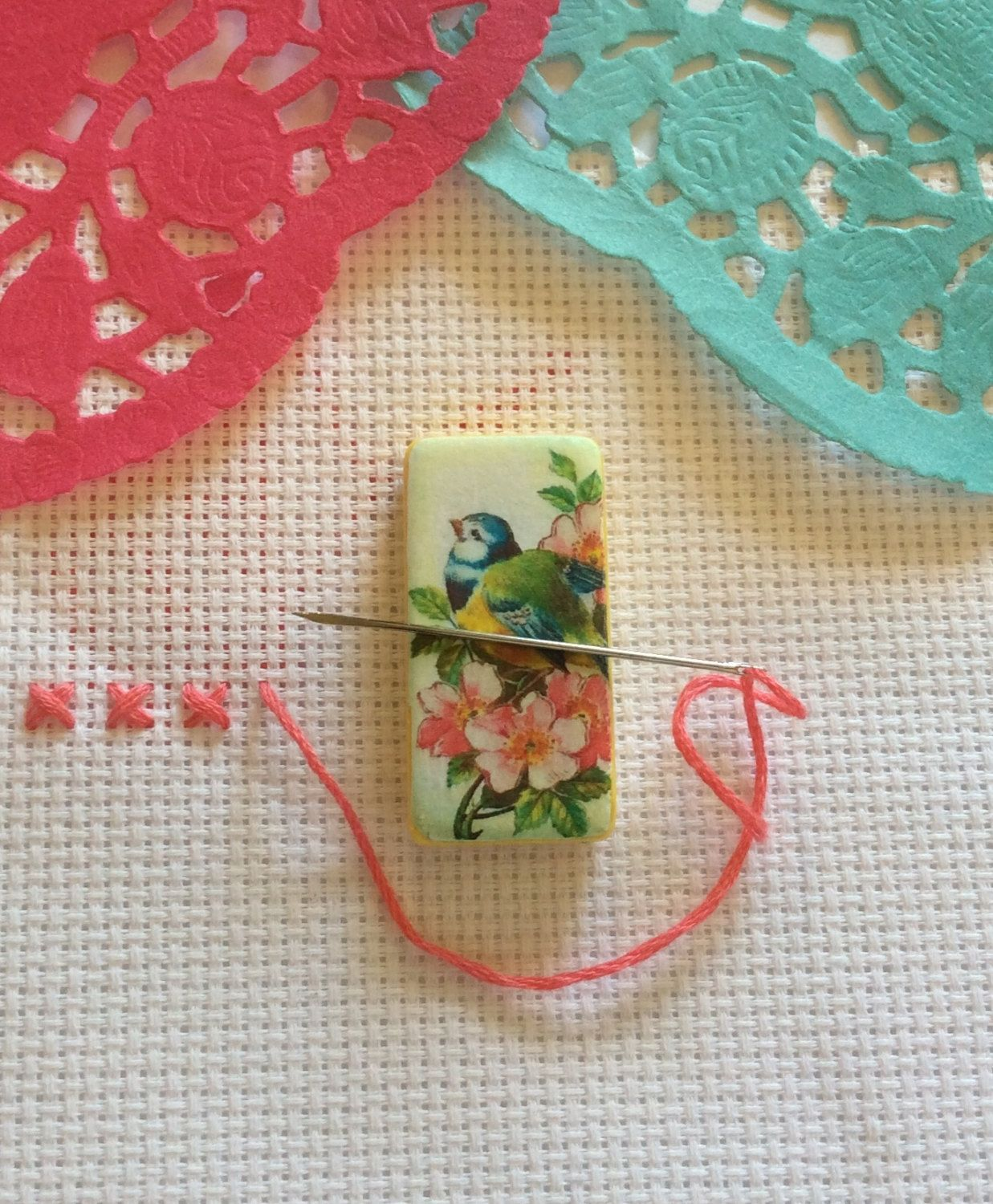 Needle minder bird spring easter magnetic cross stitch needle minder bird spring easter magnetic cross stitch sewing needle negle Images