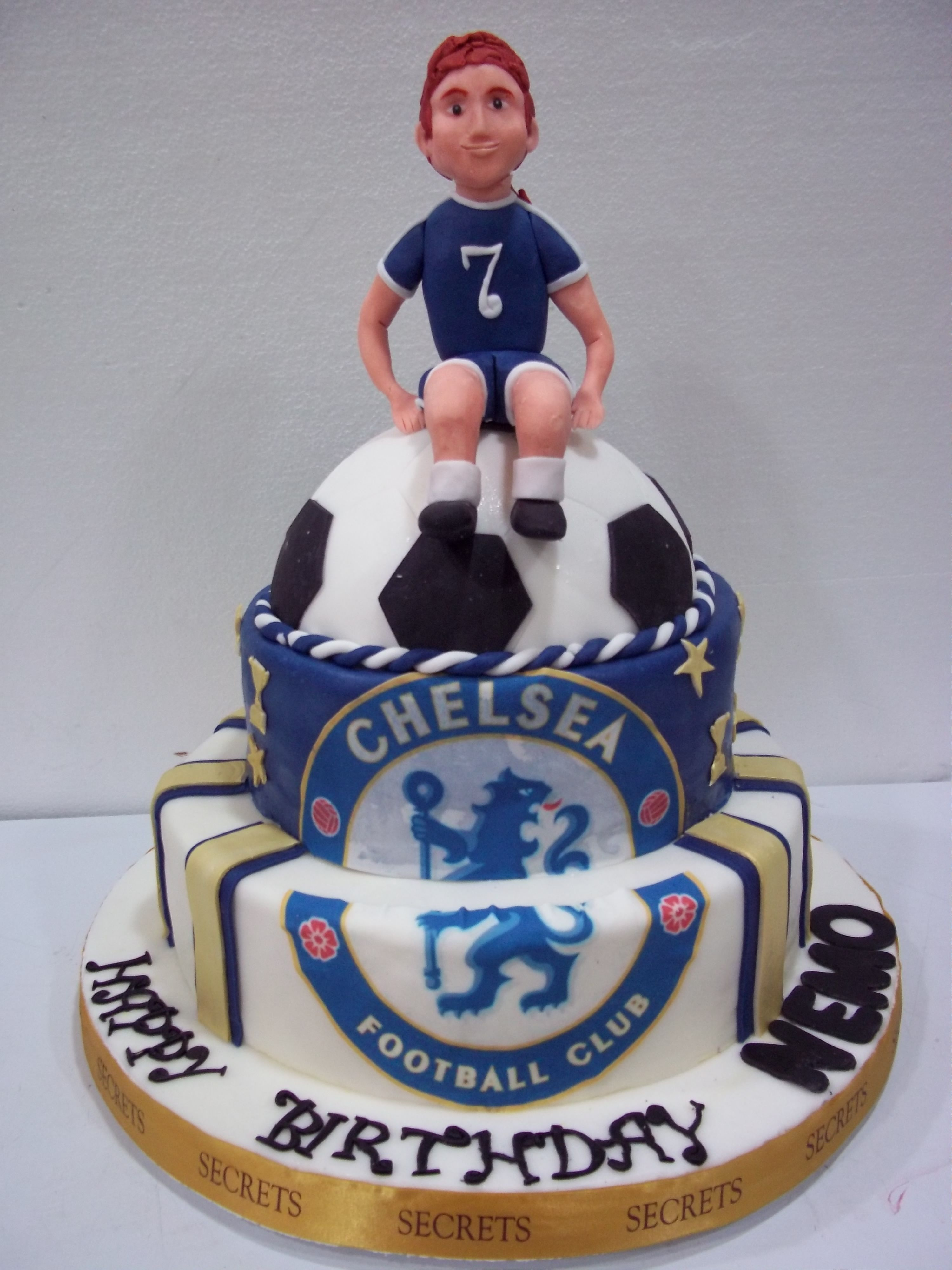 Astounding Chelsea Cake With Images Football Birthday Cake Personalised Birthday Cards Veneteletsinfo