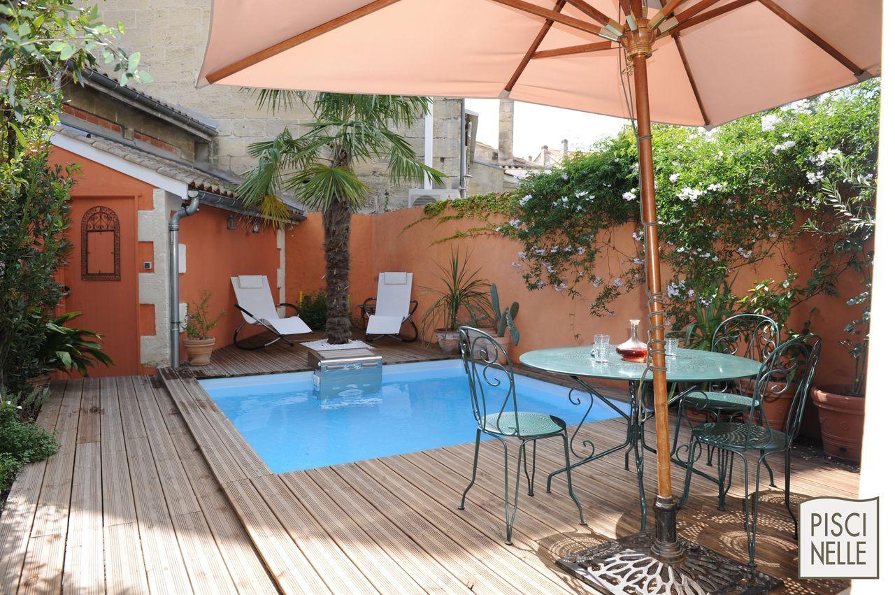 Piscinelle bo3 5 quip e d 39 un bt60 d 39 un liner bleu clair for Mini piscine jardin de ville