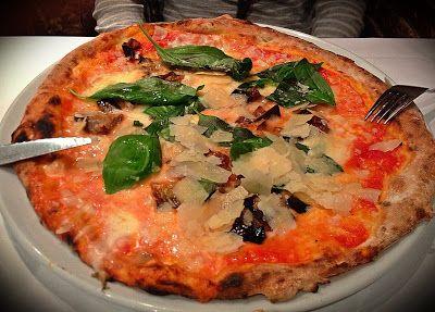 La Bella Napoli Pizza En Poble Sec Thebcnxperience