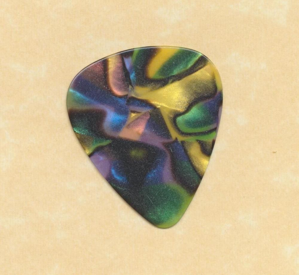 Abalone, 12-Pack New Boss BPK-12-AH Heavy Celluloid Guitar /& Bass Picks