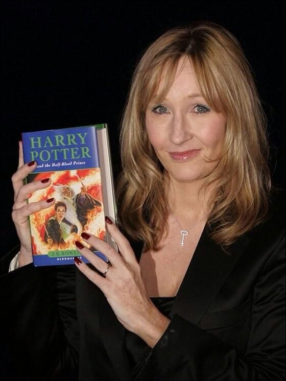 Jk Rowling Given Freedom Of London And 10 Other Things You Didn T Know About The Harry Potter Author Harry Potter Author Harry Potter Obsession Harry Potter Love