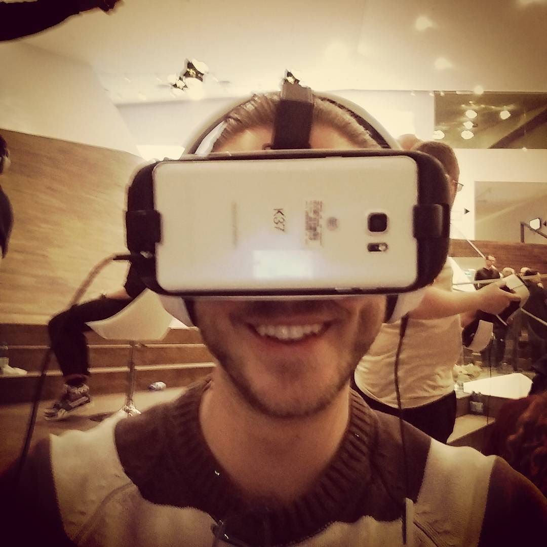 An awesome Virtual Reality pic! First VR festival of the Netherlands. #excited #VR #Amsterdam #VirtualReality by dominicquentin check us out: http://bit.ly/1KyLetq