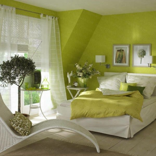 green wall color white curtains in the cozy bedroom | chambre