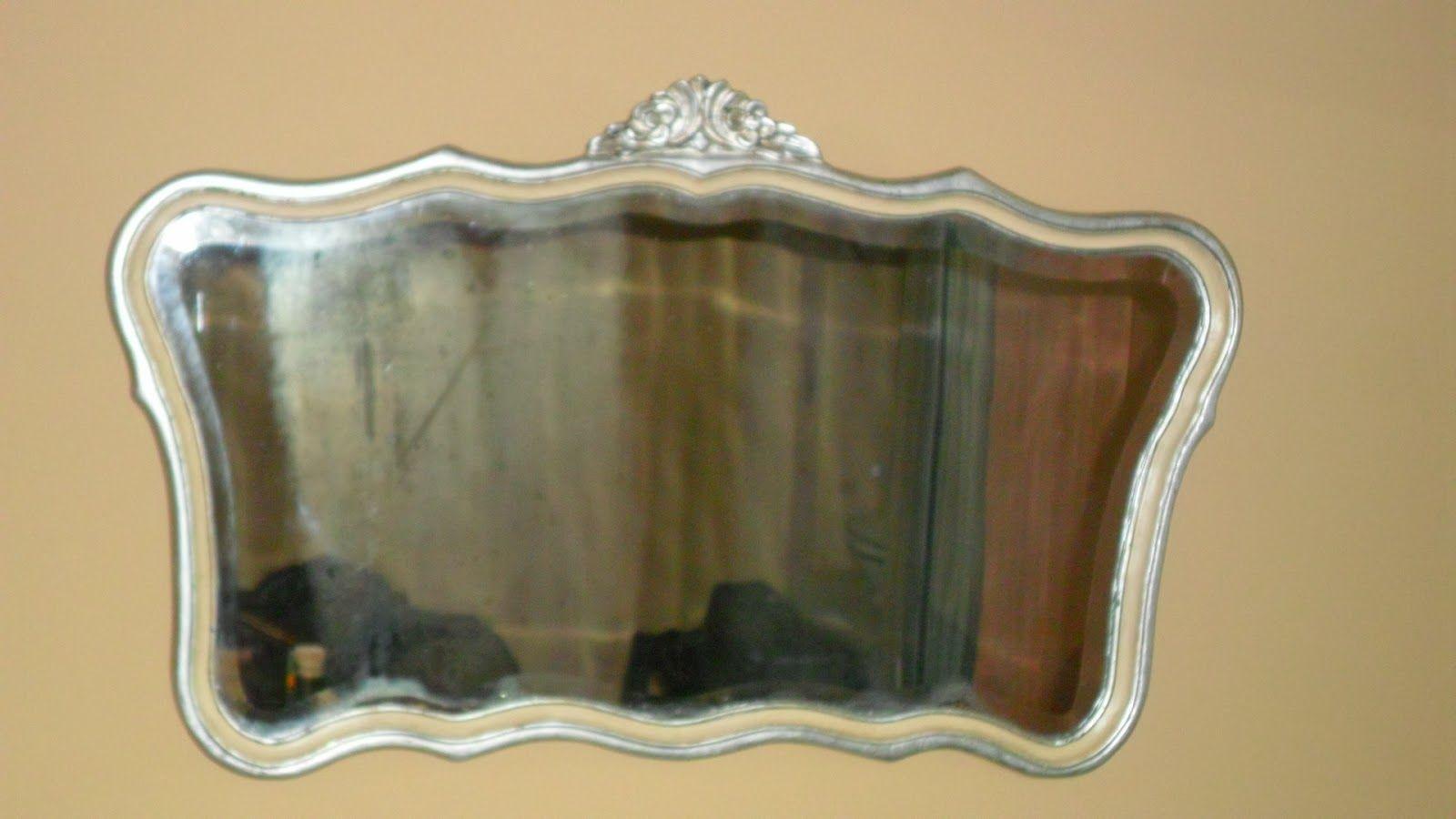 Espejo plateado a la hoja muebles pintados reciclados for Espejo vintage plateado
