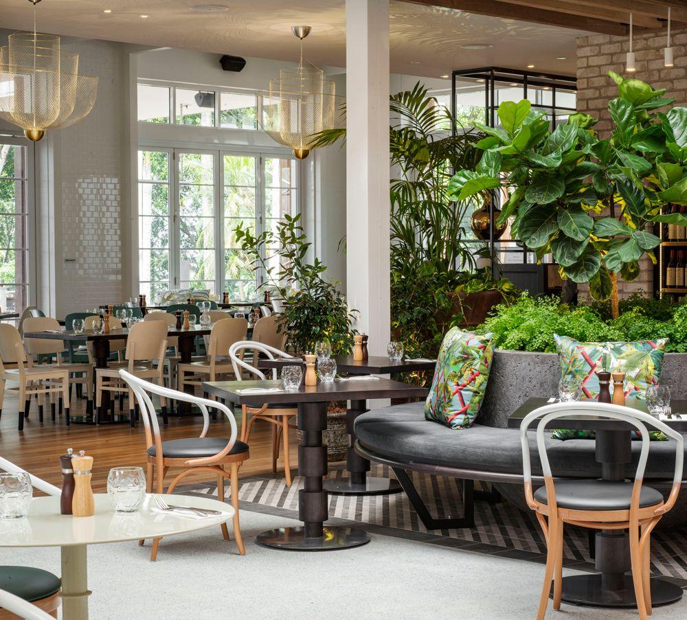 Www Dbidesign Com Au Portfolio Garden Kitchen Amp Bar Jupiters Casino Best Interior Design Apps Bar Design Restaurant Interior Design Games