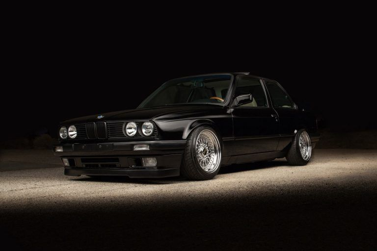 Pictures Hd Bmw E30 Bmw E30 Bmw E30 Coupe Bmw Classic Cars