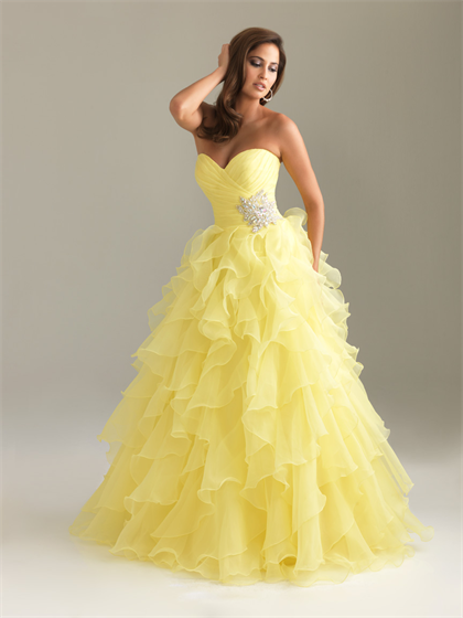 This Looks Like Something Belle From Beauty And A Beast Would Wear Prom Dresses Yellow Evening Dress Fashion Prom Dresses Long