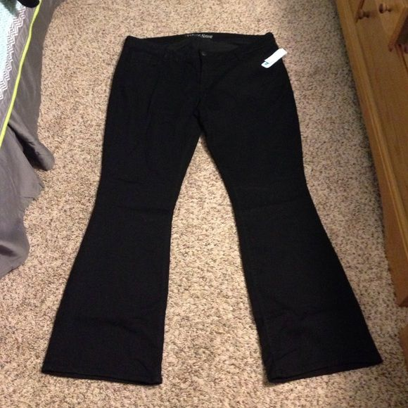 Black stretchy jeans Black stretchy boot cut jeans Old Navy Jeans Boot Cut