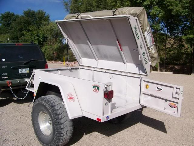 Off Road Trailer With Roof Top Tent Pirate4x4 Com 4x4 And Off