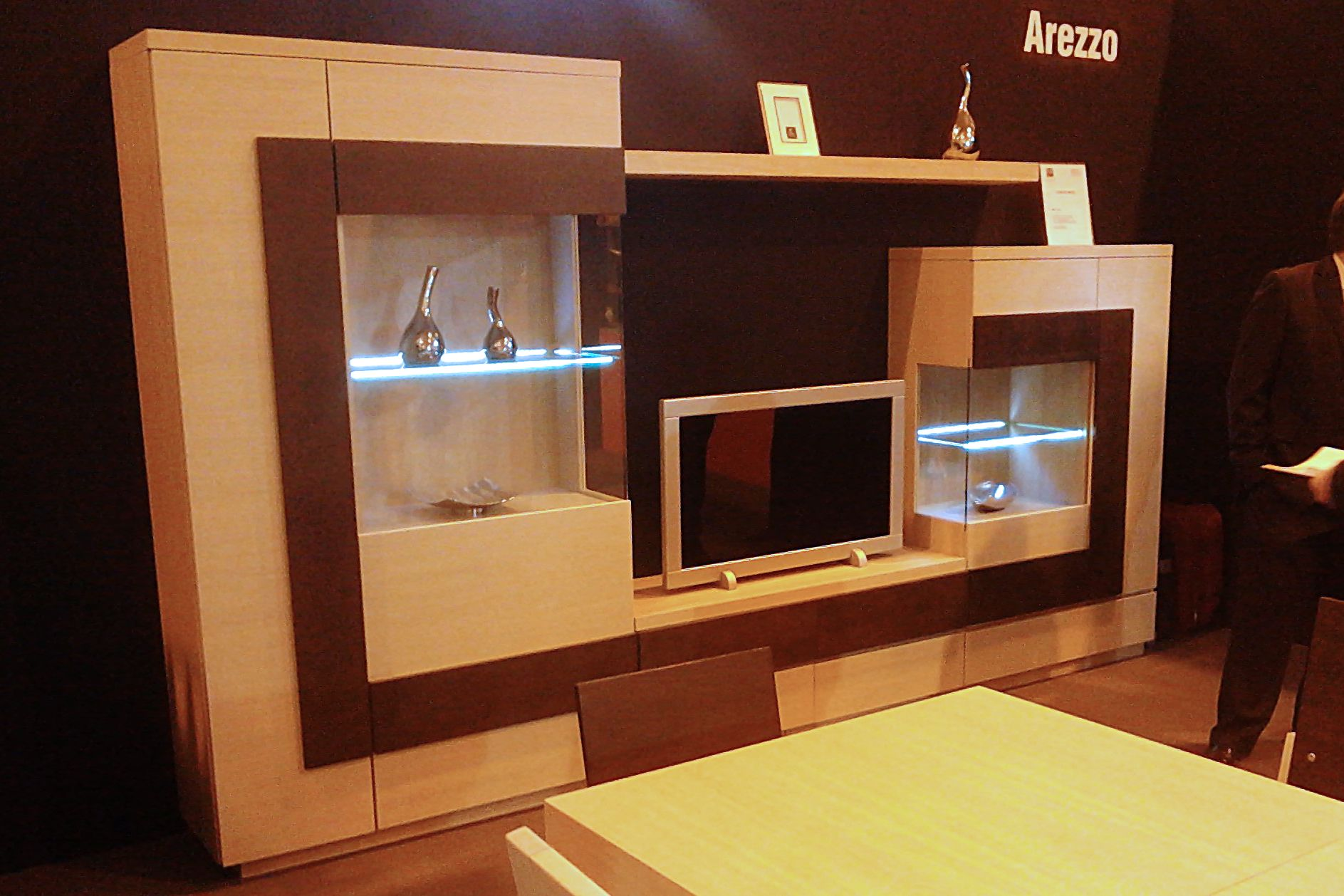 Mueble de sal n de moprimsa feria del mueble de zaragoza for Muebles de salon zaragoza