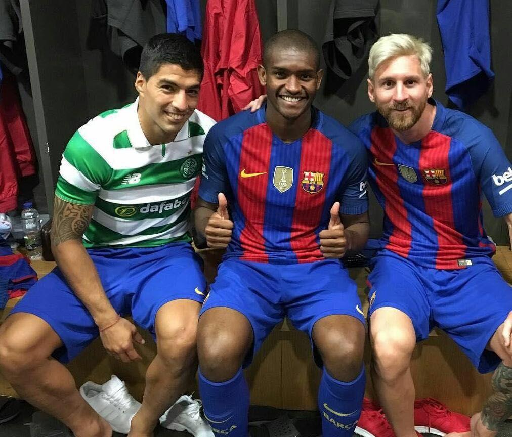 Marlon participa de amistoso do Barça e se enturma com Messi e Suárez; foto #globoesporte