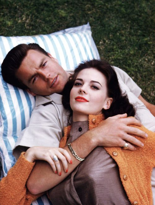Natalie Wood and Robert Wagner. #hollywoodicons