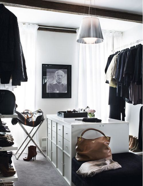 Walk in closet #closet #walkincloset