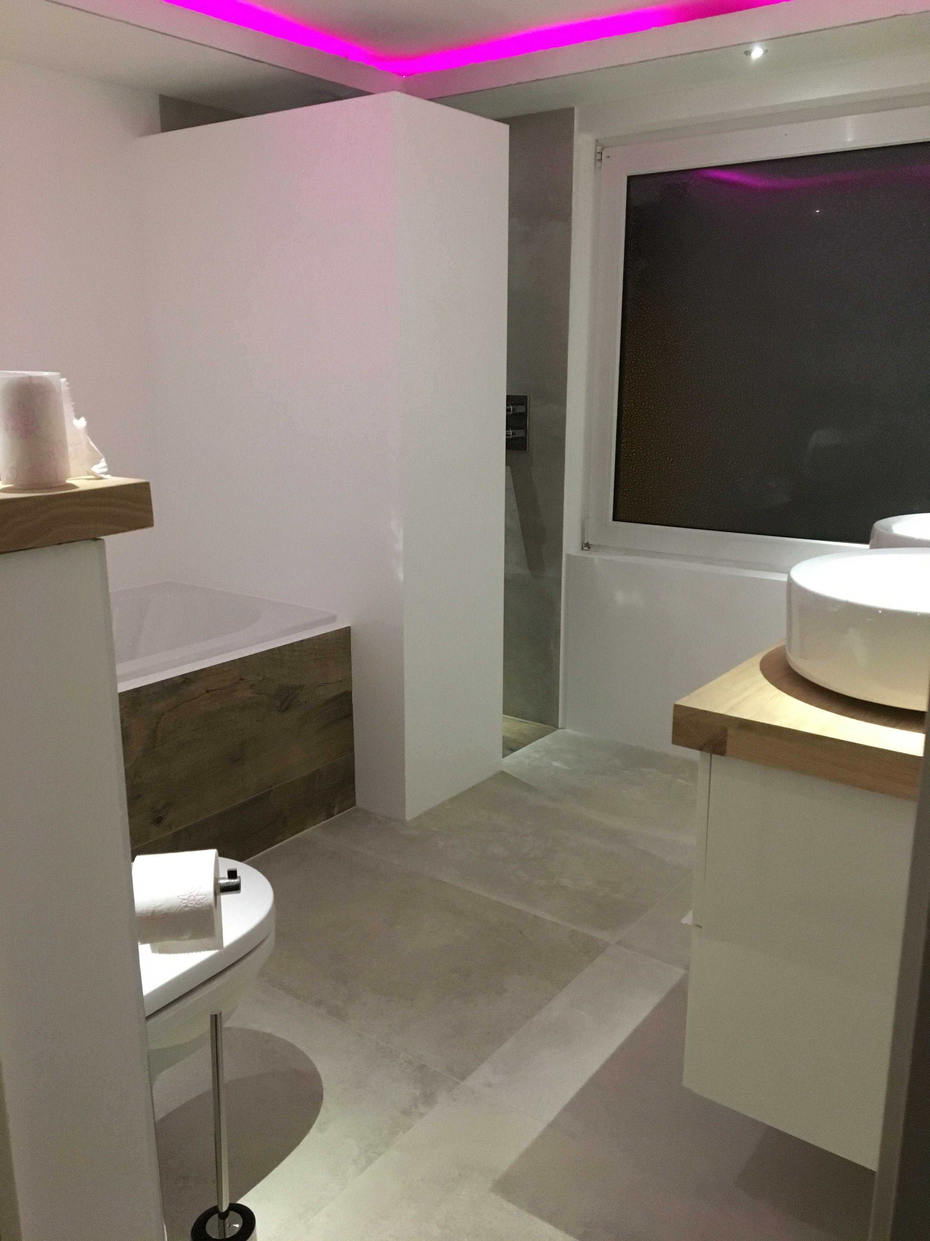 strakke badkamer met stuc muren badkamer pinterest met