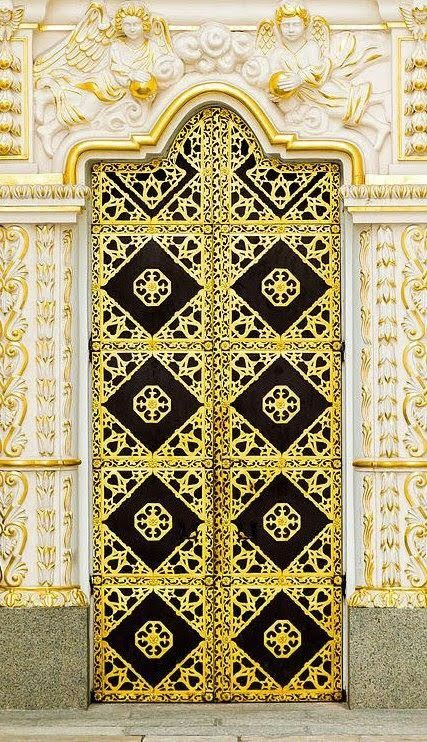 Pin By Cida Contardi On Speak Friend And Enter Gorgeous Doors Unique Doors Doors