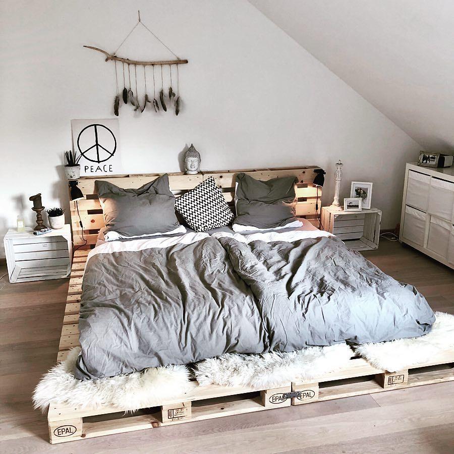 Diy Paletten Statt Lattenrost Nataschajanina Zeigthereurewohnung Repos Bedroom Design Bedroom Decor Bedroom Inspirations