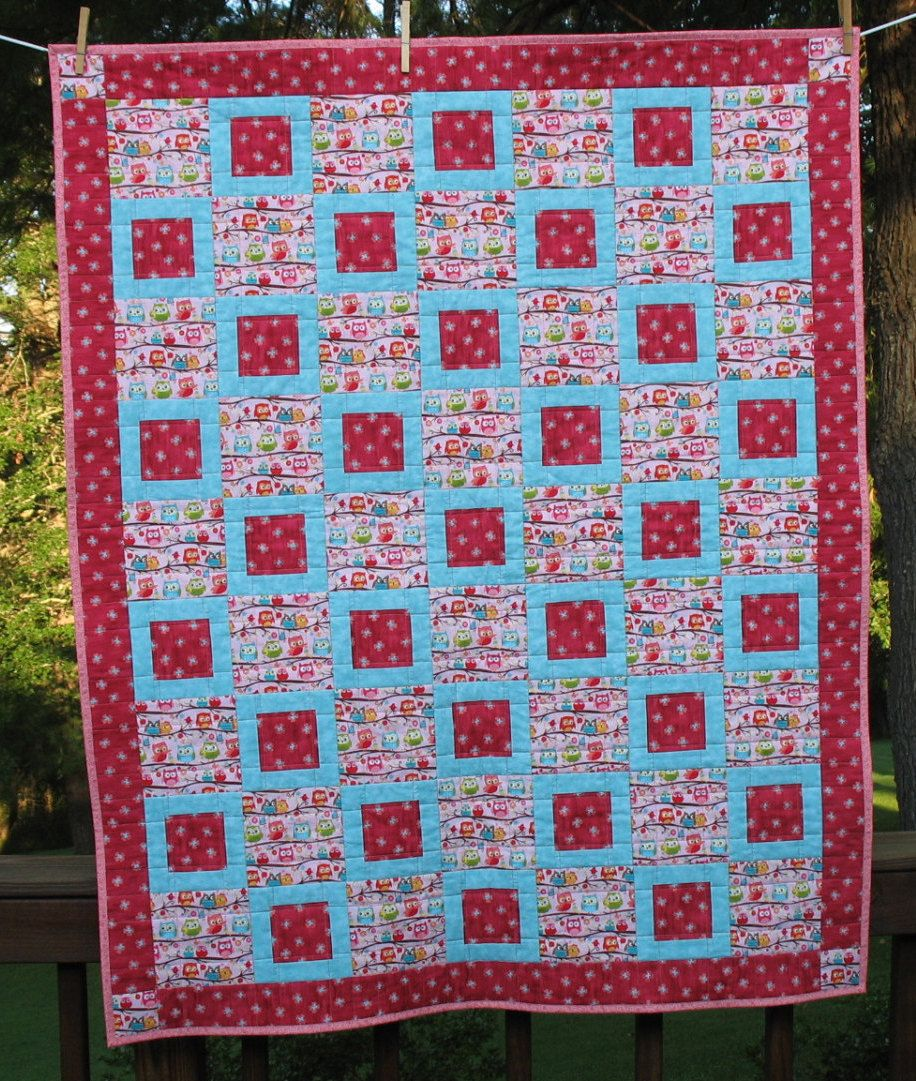 Whooo Loves You Quilt, pink, FREE SHIPPING by BlueEyedSusieQuilts on Etsy