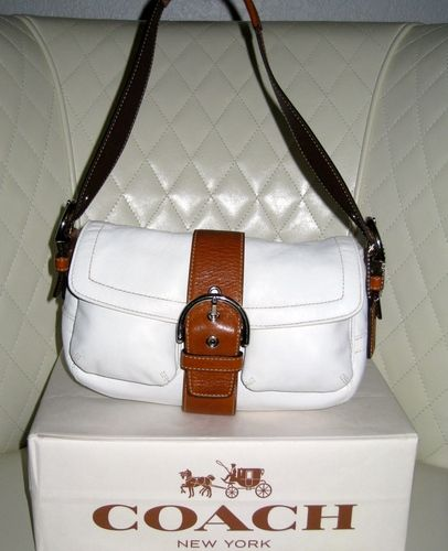 32e86d5500a2  4 COACH Soho White and Tan Leather Double Pocket Flap Hobo Bag VGC+  is  going up for auction on Tophatter.